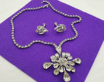 Rhinestone Pendant and  Screw back earrings  Mint Condition Continental Sparkle and Shine