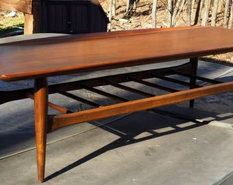 Vintage Mid Century Coffee Table American Surfboard Vintage Danish Style  Table