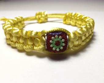 Bracelet yellow satin with red flowers bead