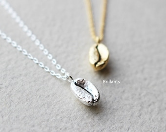 Free Gift Wrapping, Coffee bean pendant necklace, Coffee necklace, Bridesmaid jewelry, Everyday necklace, Wedding necklace