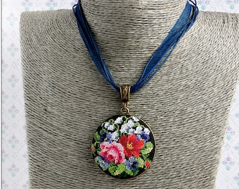 Micro embroidery Flowers of the summer necklace, Embroidered necklace, Hand Embroidery, Gift for women, Valentine's day, Birthday, jewelry