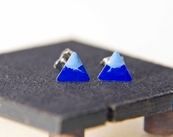Iced Mountain triangle earrings / Minimal jewelry / Enamel earrings / Geometric stud earrings / Gift for women / Free shipping