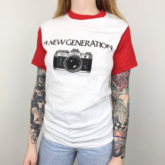 RARE Deadstock Vintage 80s Tokina Lens Lenses Beautiful Moment photo photography camera graphic tee t-shirt shirt - Size XS blnuEnM