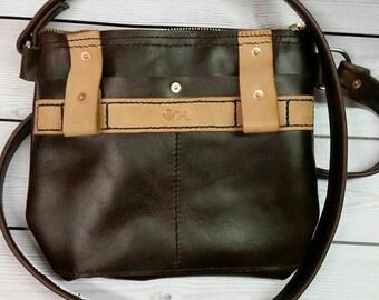 Small zipper purse