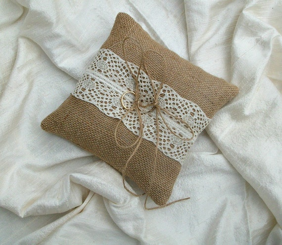 Hessian Ring Cushion Burlap Ring Bearer Pillow with Cream lace