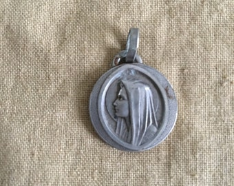 Silver religious pendant french