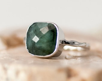 Raw Emerald Ring Sterling Silver, May Birthstone Ring, Gemstone Ring, Green Stone Ring, Stacking Ring, Cushion Cut Ring, Statement Ring