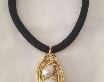 Baroque pearls necklace