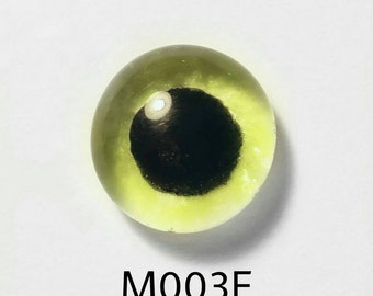 M003E Glass Eye Cabochon, Glows in the dark, handpainted fused glass, single eye, zombie monster doll, needle felted sculpture,wide eye