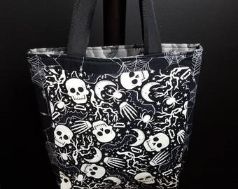 Skulls and Spiders tote bag