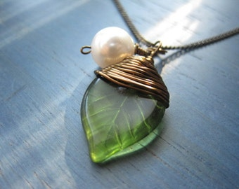 Czech Glass Green Leaf, antique Bronze wire wrapped, Necklace, Elegant, Romantic, Valentine Gift