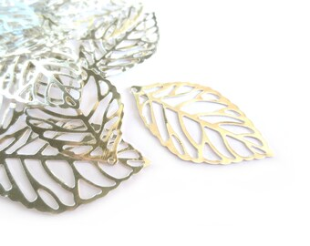 10 Pcs Silver Leaf Pendants / Charms - 25mm long, 15mm wide