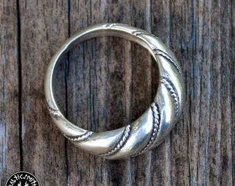 Lithuanian Viesturs ring (wide) in sterling silver
