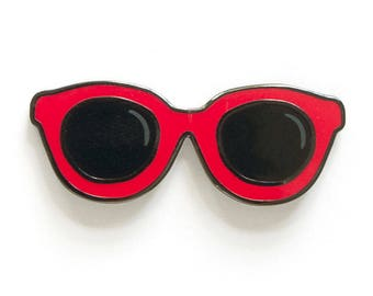 Red sunglasses enamel lapel pin