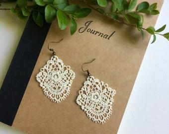 Lace earrings, bridal jewelry, wedding earrings,  boho jewelry, shabby chic jewelry, ivory earrings