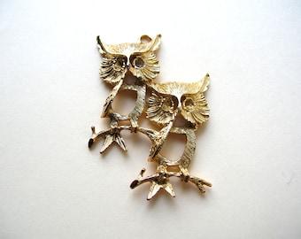Vintage Owl Pendant - Jewelry Supplies