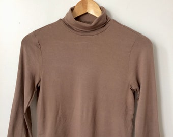 Soft Brown 3/4 Sleeve Turtleneck Crop Top XS/S
