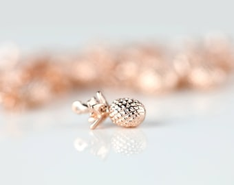 1 Rose Gold Pineapple Charm, Dainty Pineapple Pendant, 1PPA-R