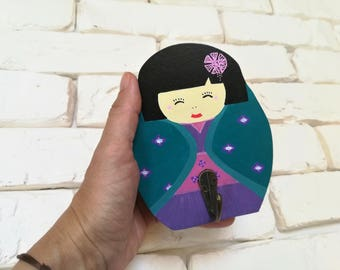 Peg wooden, nursery decor kids, kokeshi peg doll of the world, wall decor, small medium bag, wood jewelry holder