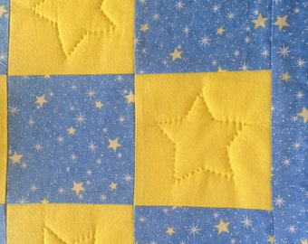 Blue and yellow stars baby quilt