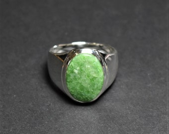 British Colombia Jade And Silver Ring, Size 11