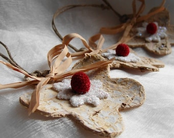Snowflake Christmas Ornament or Gift Tie Birch and Berry