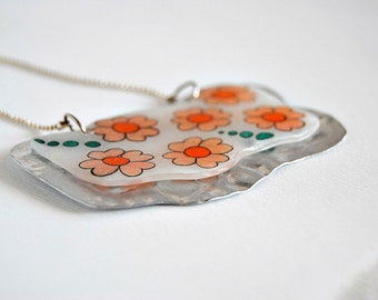 Magic plastic - pendant flowers