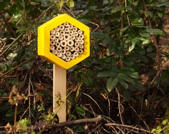 WOODEN POLE for your Bee hotel (etc.)