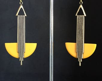 Stunning Art deco Bananadance Yellow  bakelite 'Odeonesque' Geometric drop earrings jazz age modernist
