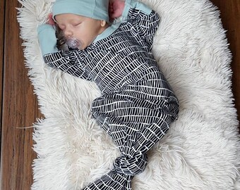 Baby boy coming home outfit, newborn boy take home outfit, newborn boy clothes, baby boy outfits, knotted sleeper