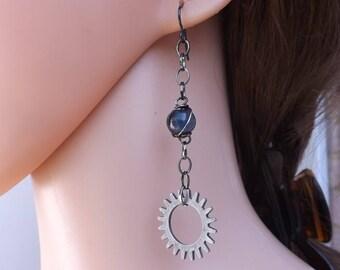 Cog earrings, Steampunk earrings, steam punk earrings, blue earrings, Steampunk jewellery, dark earrings, niobium ear wires