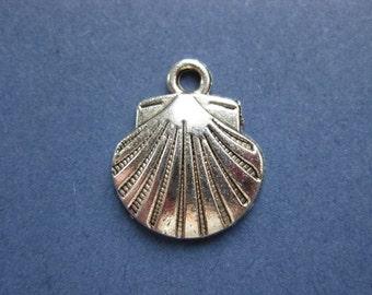 10 Shell Charms - Sea Shell Charm - Shell Pendant - Silver Tone - 17mm x 15mm  --(J8-10644)