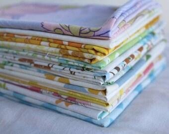10 Vintage Sheet Fat Quarter Mixed Colors ans Patterns Bundle