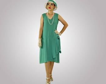 1920s flapper dress in sea green with drapes and bow, green Great Gatsby day dress,  Downton Abbey dress, 1920s tea dress, robe Charleston