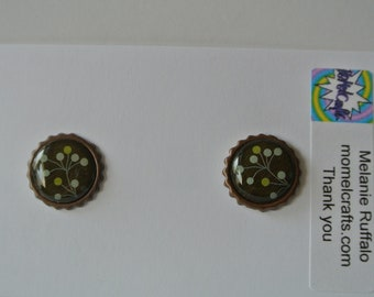 Black, Green and Tan Post Earring