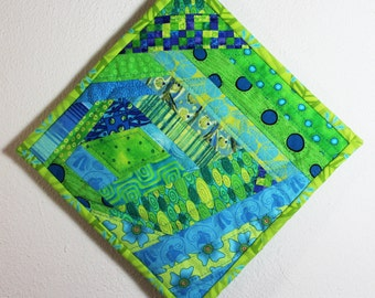 Quilted Potholder/Kitchen Quilt