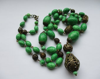 Vintage Art Deco Egyptian Reviaval Peking Glass Bead Necklace
