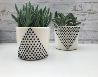Minimalist A V line ceramic planter set - made to order - black and white planters - modern. minimalist - succulent planter - small planter