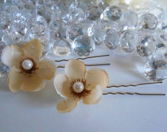 Cream set of 2 beaded flowers wedding hair pins