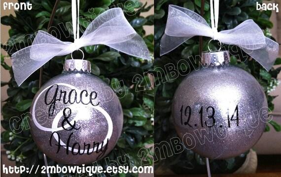 Christmas Ornament Wedding Gift: Great Wedding Gift Idea. Personalized Christmas Ornament For