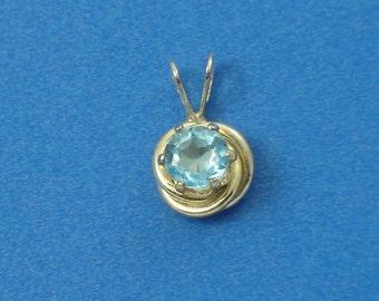 Swiss Blue Topaz in Sterling Silver Love Knot Nest Petite Pendant Charm
