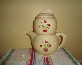 Amazing vintage Kitschy Fraunfelter Thermo-Proof Ware Zanesville Ohio Drip-O-Later with Tulips