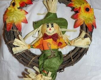 Couronne de récolte de vigne avec Scarecrow - hsw5