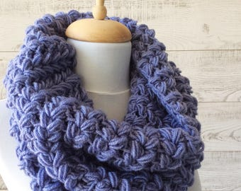 Knit cowl, chunky scarf, knit chunky cowl, fall winter accessories, knit cowl, christmas gifts / Many Colors / FAST  SHIPPING