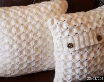 Cable Hand-Knit decorative Pillow Case in Ivory or another colour.Sweater pillow.Made to order.Wool blend pillowcase.Handmade wool pillow.