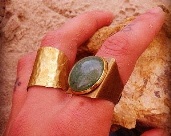 Hammered ring Brass ring Adjustable ring Statement ring Cuff ring Handmade ring Boho ring Dark gold ring Ring made of metal Easy to wear