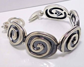 Silpada Arrowhead Link Bracelet B1967 Sterling Silver Bracelet. Arrowhead Logo Tag.