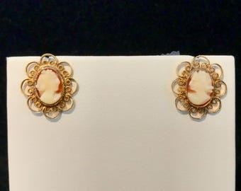 Vintage Cameo Post Earrings VE-52
