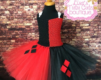Harley quinn tutu. Harley quinn dress. Harley quinn costume. Harley quinn comic con. Harley quinn tutu dress. Jester costume.