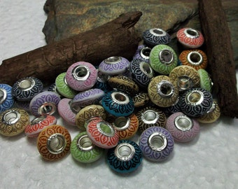 95 Mixed Saucer Acrylic Euro Beads